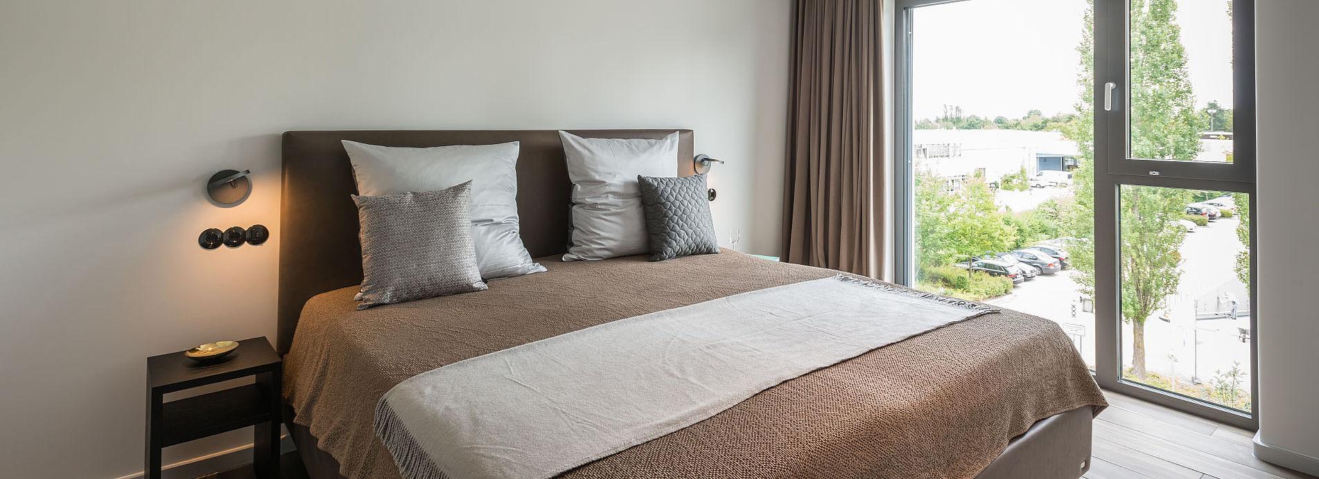 Schön Schlafzimmer Mit Ankleidezimmer Referenz Von Golden Ball - Suite Wohnzimmer Und Schlafzimmer,