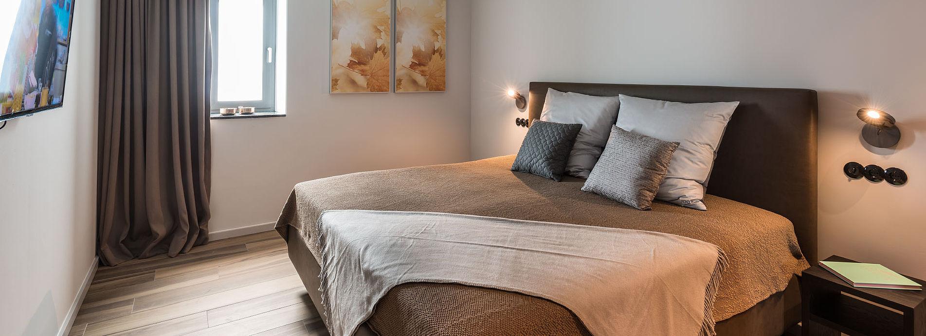 golden ball - penthousewohnung mit dachterrasse und, Wohnzimmer dekoo